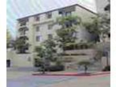 Long Beach Two BR W Short Term Leases Available