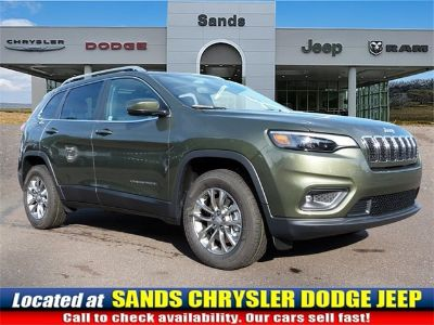 2019 Jeep Cherokee LATITUDE PLUS 4X4 (Olive Green)