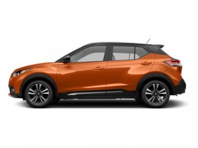 2018 Nissan Kicks SR (Monarch Orange/Super Black)