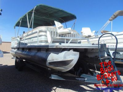 1997 TRACKER PARTY BARGE 27′ PONTOON