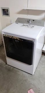 Maytag 8.8 cu. ft. 120 Volt White Gas Vented Dryer with Advanced Moisture Sensing