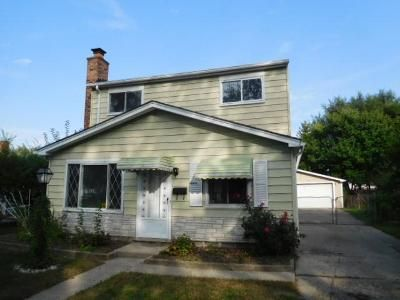 4 Bed 1 Bath Foreclosure Property in Madison Heights, MI 48071 - Osmun St