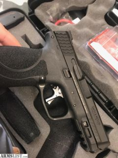 For Sale: M&P 2.0 with Apex target trigger
