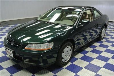 $1,020, nice looking green 2001 honda accord