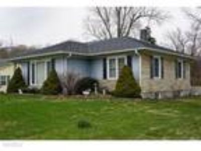 Three BR Two BA In Floyds Knobs IN 47119