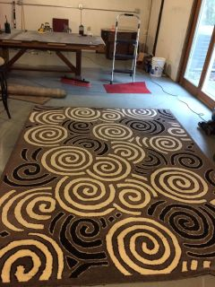Thick Area Rug 7' x 9'