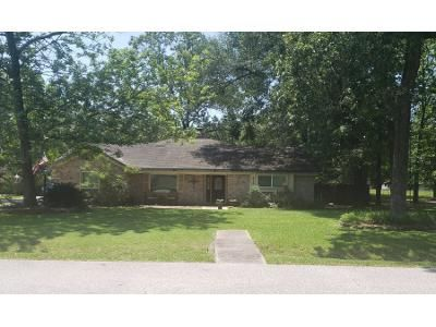 2 Bath Preforeclosure Property in Spring, TX 77386 - Basswood Dr