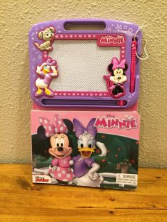 Minnie Mouse magnadoodle type book
