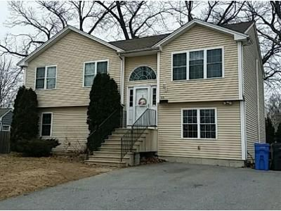 3 Bed 3 Bath Foreclosure Property in Cranston, RI 02920 - Flynn Ave
