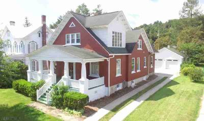 438 S Juliana St. Bedford Three BR, You'll love this gorgeous