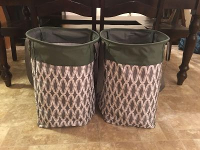 Thirty-One Stand tall bins. Used for very short time. No stains. Retail for 50.00 each plus tax and shipping.
