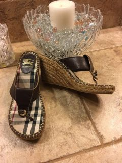 LIKE NEW! Burberry Espadrille Wedge Sandals 7-7.5 / Eur 38