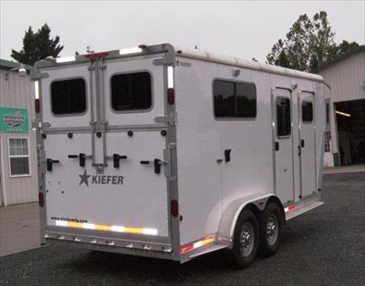 2013 Kiefer gooseneck 2 horse trailer straight load