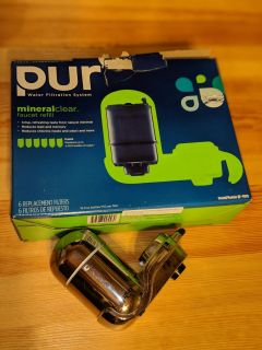 Pur filter mount and 5 filters BRAND NEW in package