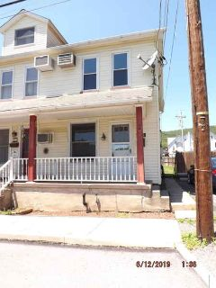 209 George St PEN ARGYL Three BR, Semi-Detached Home Nestled In A