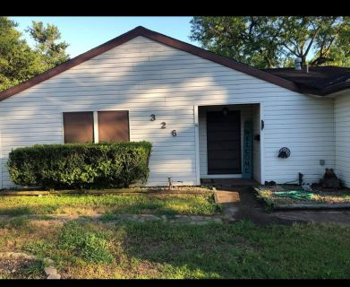 Home for rent in lake jackson fully furnished