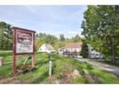 Inn for Sale: Cranmore Mountain Lodge Bed & Breakfast