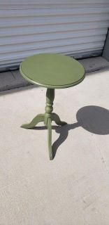 Green Round Wood Pedestal Side Table