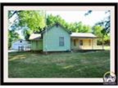$54900 Three BR 1.00 BA, Carbondale