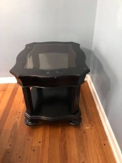Broyhill End Table for Sale