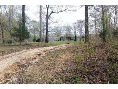 3 Bed 2 Bath Foreclosure Property in Waverly, TN 37185 - Highway 230