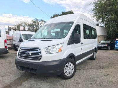 "2017 Ford Transit Wagon T-350 148"" High Roof XLT Slidi (Oxford White)"
