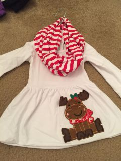 Boutique tunic and scarf set