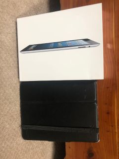iPad 2 16GB Includes Box and Case