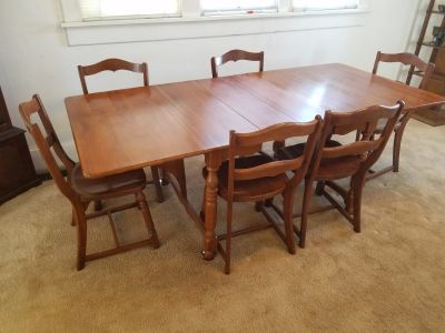 Solid Maple Dining Set with 6 chairs