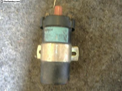 VW 80 - 84 ignition coil 211 905 115 B