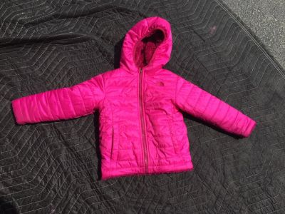 3T North Face reversible winter coat!