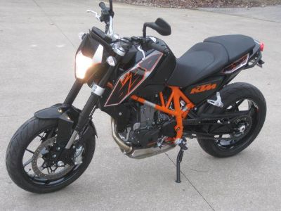 2015 Ktm - Wholesale Outlet Center - - 690 Duke - Payments Trade Ins OK - See VIDEO