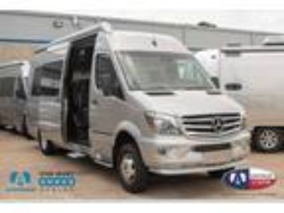 2018 Airstream Interstate Lounge EXT 4x4 Model