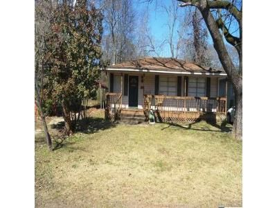 3 Bed 1 Bath Foreclosure Property in Bessemer, AL 35023 - Nabors Ave