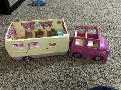 Car and camper for Calico Critters