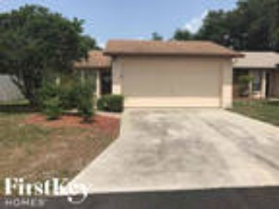 4030 Cypress Lndg E Winter Haven, FL 33884 - 3/2 1353 sqft