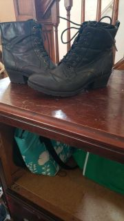 Used- SIZE 10, BLACK boots, with inner zipper to easily put on and take off