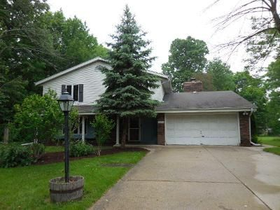 4 Bed 1.5 Bath Foreclosure Property in Milwaukee, WI 53228 - W Van Beck Ave