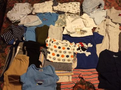 Big lot baby boy clothes 0 to 3 months.