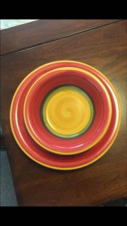 Fiesta-designed plate and bowl set