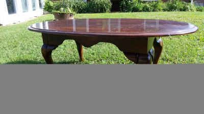 Crescent coffee table
