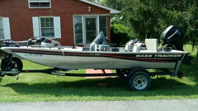 2010 Bass Tracker Pro 16 and trailer
