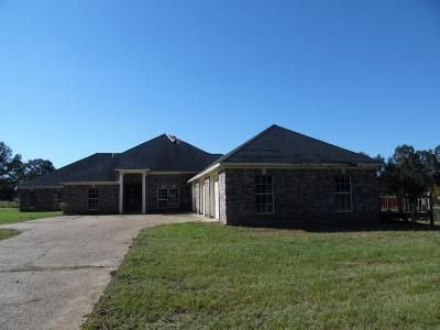 3 Bed 3.5 Bath Foreclosure Property in Crystal Springs, MS 39059 - Dry Grove Rd