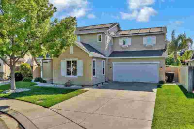 4220 Evolution Way MODESTO Three BR, Located minutes from