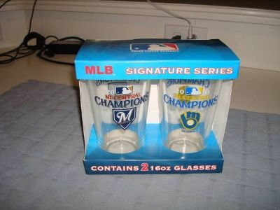Milwaukee Brewers 2011 NL CENTRAL DIVISION CHAMPIONS Pint Glasses NIB!