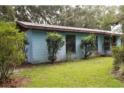3 Bed 2 Bath Foreclosure Property in Brooker, FL 32622 - NW 214th Ln