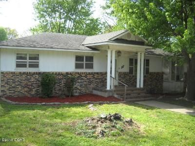 4 Bed 2 Bath Foreclosure Property in Mount Vernon, MO 65712 - Jefferson St