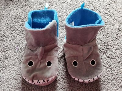Boys Shark Slippers Toddler size 10 - 12