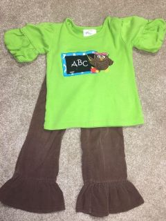 Blanks boutique set with corduroy pants 2t