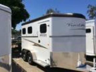 2019 Trails West Sierra II 2 horses